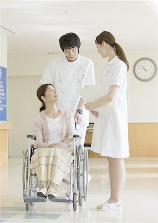 Nurse and patient Stock Photo - Premium Royalty-Free, Code: 670-02966537