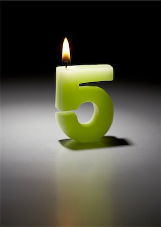 five - Number candle Stock Photo - Premium Royalty-Free, Code: 670-03886435