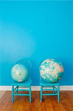 small - Two globes placed on two chairs Stock Photo - Premium Royalty-Free, Code: 673-06025541