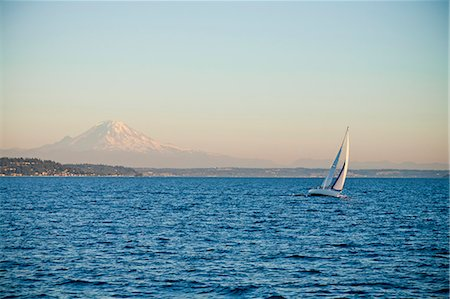 sailboat  ocean - Mt. rainier behind sail boat on puget sound Stock Photo - Premium Royalty-Free, Code: 673-06964834