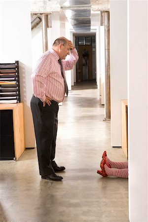 dead female body - Office worker discovering female body Stock Photo - Premium Royalty-Free, Code: 673-02139672