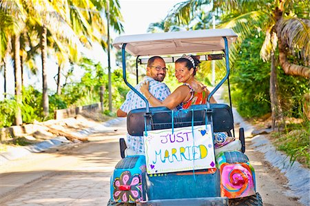 Couple on honeymoon in mexico Stock Photo - Premium Royalty-Free, Code: 673-03405637