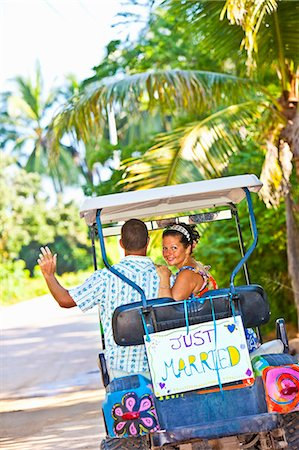 Couple on honeymoon in mexico Stock Photo - Premium Royalty-Free, Code: 673-03405645