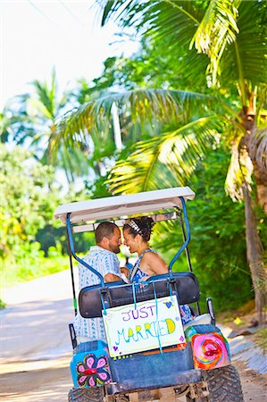 Couple on honeymoon in mexico Stock Photo - Premium Royalty-Free, Code: 673-03405647