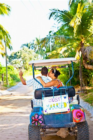 Couple on honeymoon in mexico Stock Photo - Premium Royalty-Free, Code: 673-03405643