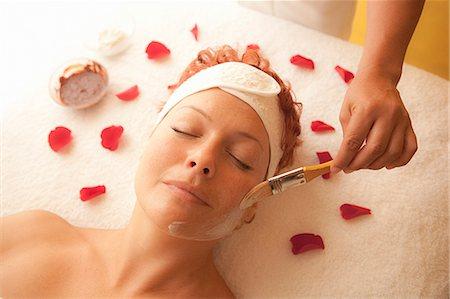 facial - woman getting a facial treatment Stock Photo - Premium Royalty-Free, Code: 673-03623250
