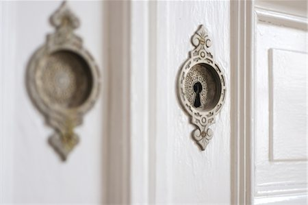 Keyhole at a door Stock Photo - Premium Royalty-Free, Code: 689-05610525