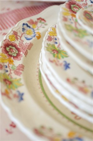 decoration pattern - Stack of plates with floral pattern Stock Photo - Premium Royalty-Free, Code: 689-05611342