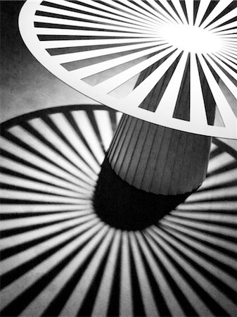 Round pattern with light and shadow Stock Photo - Premium Royalty-Free, Code: 689-05612182