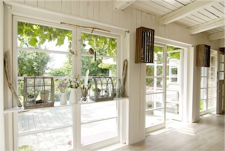 View on the terrace of a country house Stock Photo - Premium Royalty-Free, Code: 689-05612473