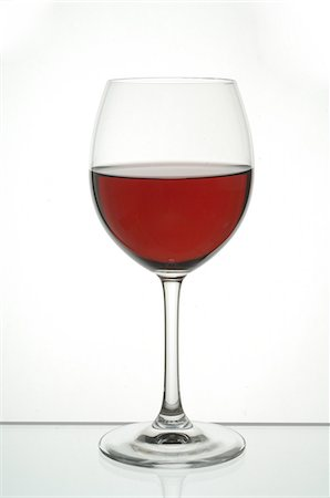 Glass of red wine Stock Photo - Premium Royalty-Free, Code: 689-03129146