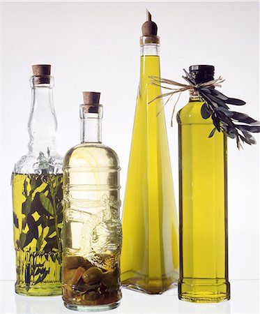 oil in bottles Stock Photo - Premium Royalty-Free, Code: 689-03130408