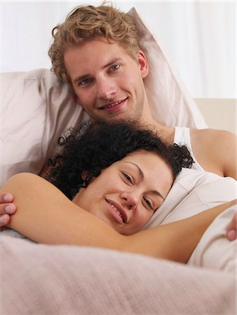 Lazy weekend in bed Stock Photo - Premium Royalty-Free, Code: 689-03131287