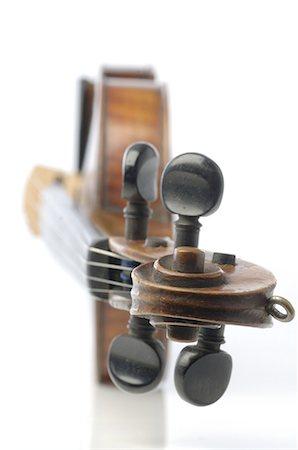 Violin Stock Photo - Premium Royalty-Free, Code: 689-03733162