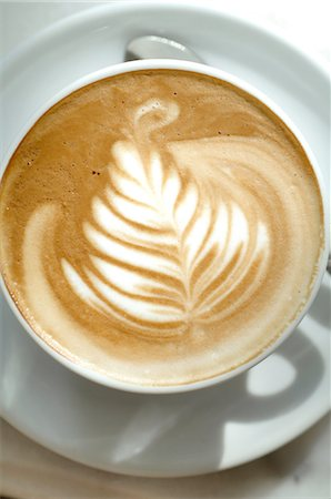 delicious - Cappuccino with a pattern Stock Photo - Premium Royalty-Free, Code: 689-03733770