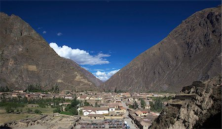 Inca ruins at the village of Ollantaytambo, Cuzco Region, Peru, South America Stock Photo - Premium Royalty-Free, Code: 682-05650261