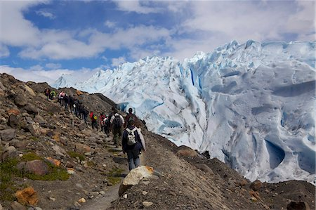 perito moreno glacier - Tourist approach Perito Moreno Glacier to day trek on the glacier, Glaciers National Park, El Calafate, Patagonia, Argentina, South America Stock Photo - Premium Royalty-Free, Code: 682-05977103