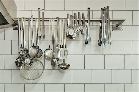 Kitchen and cooking utensils hanging, Sisli, Istanbul, Turkey Stock Photo - Premium Royalty-Free, Code: 682-06374330
