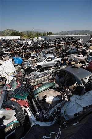 Junkyard Stock Photo - Premium Royalty-Free, Code: 694-03328716