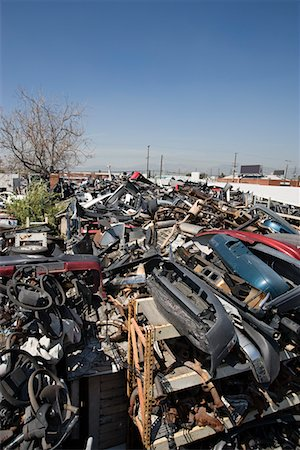 Junkyard Stock Photo - Premium Royalty-Free, Code: 694-03328713
