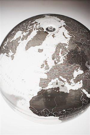 Inflatable Globe showing Northern Hemisphere Stock Photo - Premium Royalty-Free, Code: 694-03693900