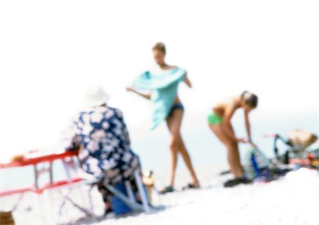 Group of people on beach, blurred Stock Photo - Premium Royalty-Free, Code: 696-03399615