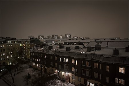 small town snow - City view at night Stock Photo - Premium Royalty-Free, Code: 698-05958976