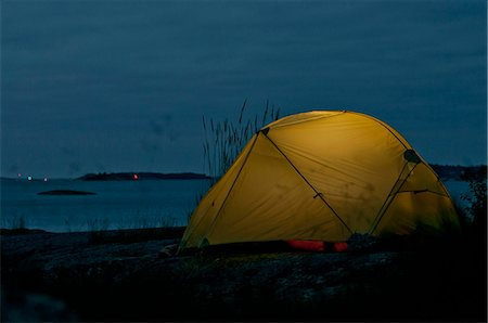 Tent by sea at night Stock Photo - Premium Royalty-Free, Code: 698-06615380