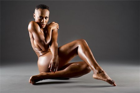 Nude African American woman Stock Photo - Premium Royalty-Free, Code: 693-05552925