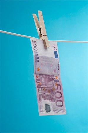 seamless - Money Hanging Out to Dry Stock Photo - Premium Royalty-Free, Code: 693-06021293