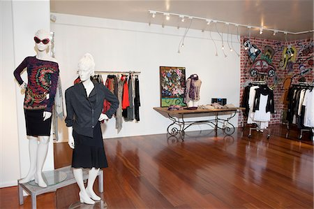 Interior of a fashion boutique Stock Photo - Premium Royalty-Free, Code: 693-06121223