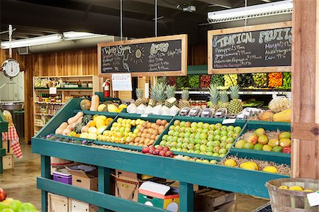 supermarket not people - Fresh fruits stall with text on blackboard in supermarket Stock Photo - Premium Royalty-Free, Code: 693-06324956