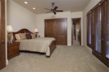 Interior of Bedroom Stock Photo - Premium Royalty-Free, Code: 693-06667966
