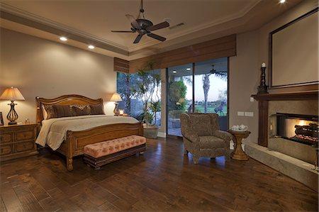 Interior of Bedroom Stock Photo - Premium Royalty-Free, Code: 693-06667968