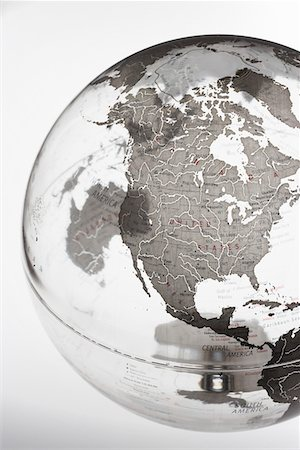 Inflatable Globe showing North America Stock Photo - Premium Royalty-Free, Code: 693-03303018