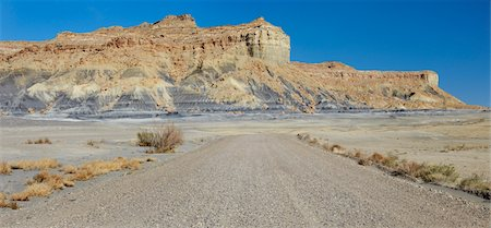 Desert road, USA Stock Photo - Premium Royalty-Free, Code: 693-03317585