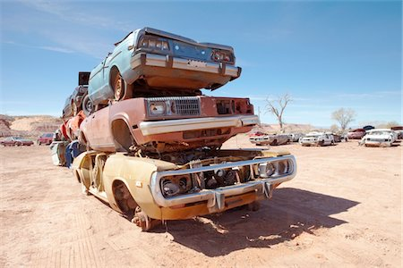 Pile of scrap cars Stock Photo - Premium Royalty-Free, Code: 693-03317587