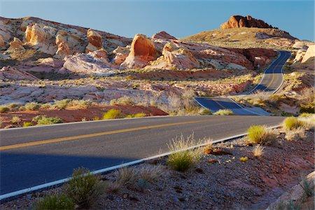 Desert road, USA Stock Photo - Premium Royalty-Free, Code: 693-03317592
