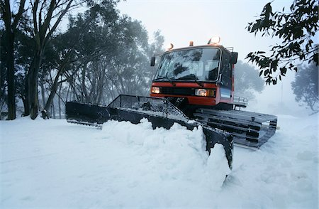 snow plow truck - Snow clearing tractor, Mt Baw Baw, Victoria, Australia Stock Photo - Premium Royalty-Free, Code: 693-03310542