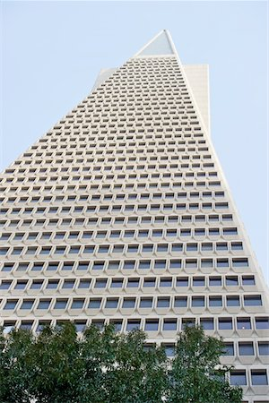 Low angle view of the Transamerica Pyramid, San Francisco designed by William Pereira Stock Photo - Premium Royalty-Free, Code: 693-03474425