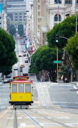Elevated view of tram on uphill ascent, San Francisco Stock Photo - Premium Royalty-Free, Code: 693-03474505