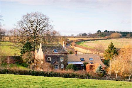 quaint house - Farmhouse, Cotswolds, Gloucestershire, England, United Kingdom Stock Photo - Rights-Managed, Code: 700-04424921