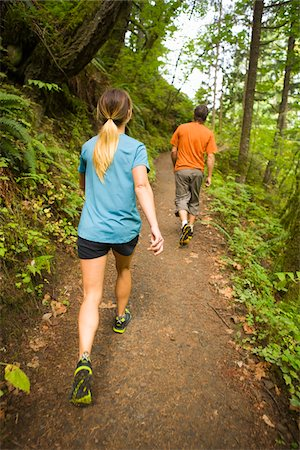 rear - Couple Hiking in Columbia River Gorge, near Portland, Oregon, USA Stock Photo - Rights-Managed, Code: 700-04931685