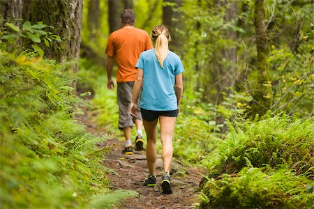 Couple Hiking, Columbia River Gorge, near Portland, Oregon, USA Stock Photo - Rights-Managed, Code: 700-04931686