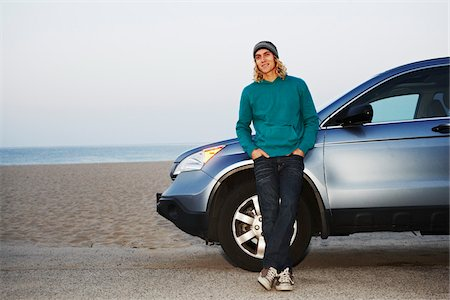 peter griffith - Man with Car at Beach Stock Photo - Rights-Managed, Code: 700-05451044