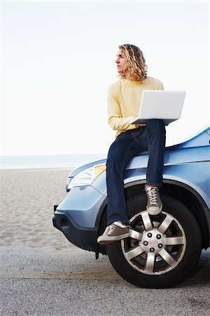 peter griffith - Man with Laptop and Car at Beach Stock Photo - Rights-Managed, Code: 700-05451050