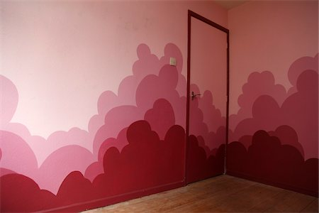 Empty Room with Pink Clouds Painted on Walls Stock Photo - Rights-Managed, Code: 700-05451134