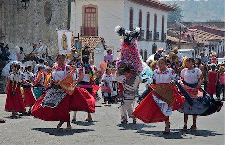 St. Fatima Parade in Plaza Gertrudis Bocanegra, Patzcuaro, Michoacan, Mexico Stock Photo - Rights-Managed, Code: 700-05452199