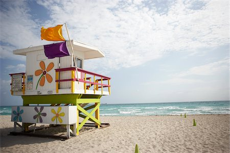 Lifeguard Tower on Beach Stock Photo - Rights-Managed, Code: 700-05560268