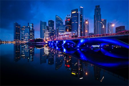 Bridge and Financial District, Central Region, Singapore Stock Photo - Rights-Managed, Code: 700-05609427
